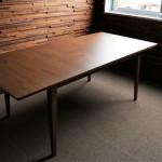 秘密のテーブル。